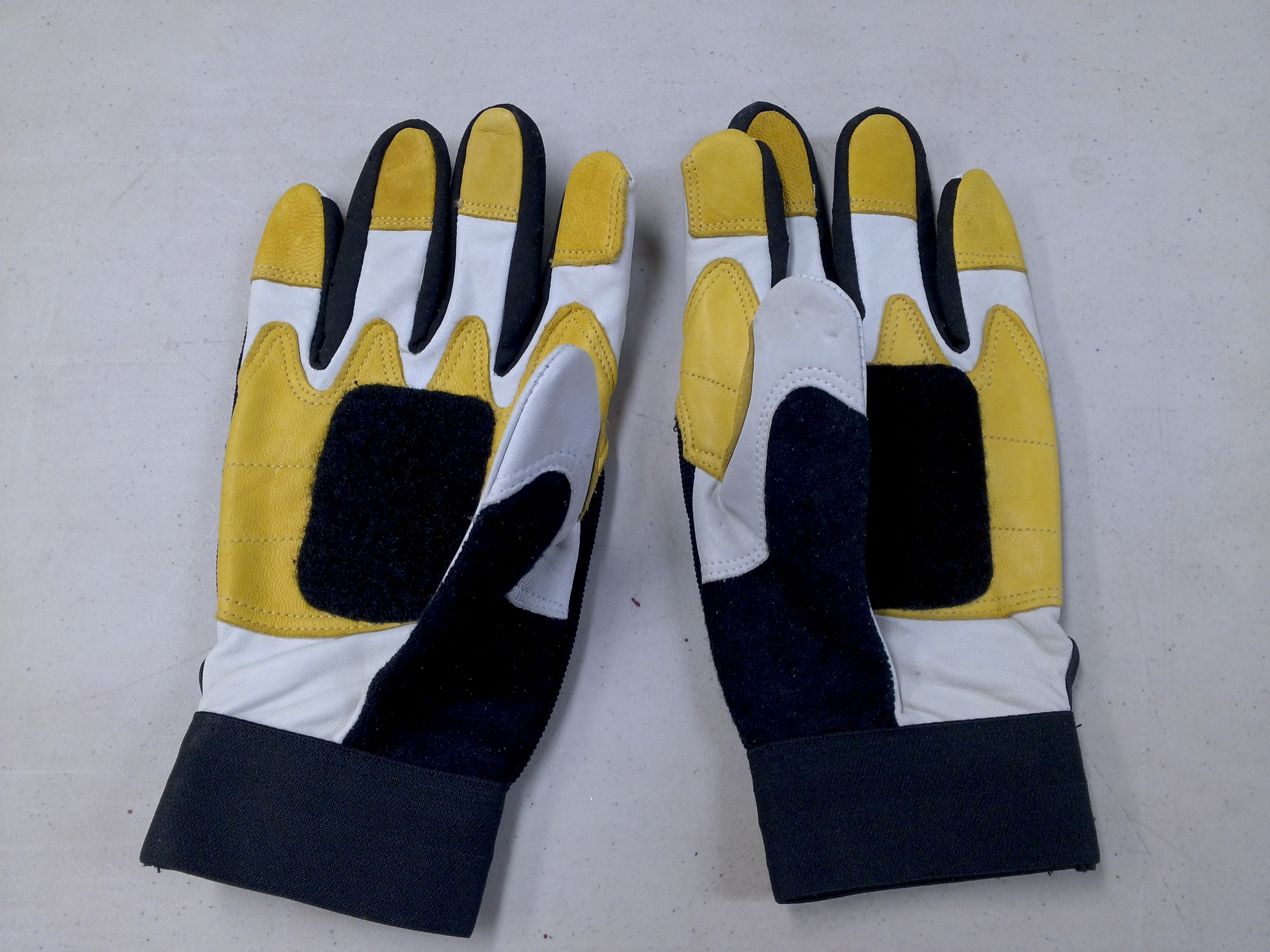 Picture of Get Gloves