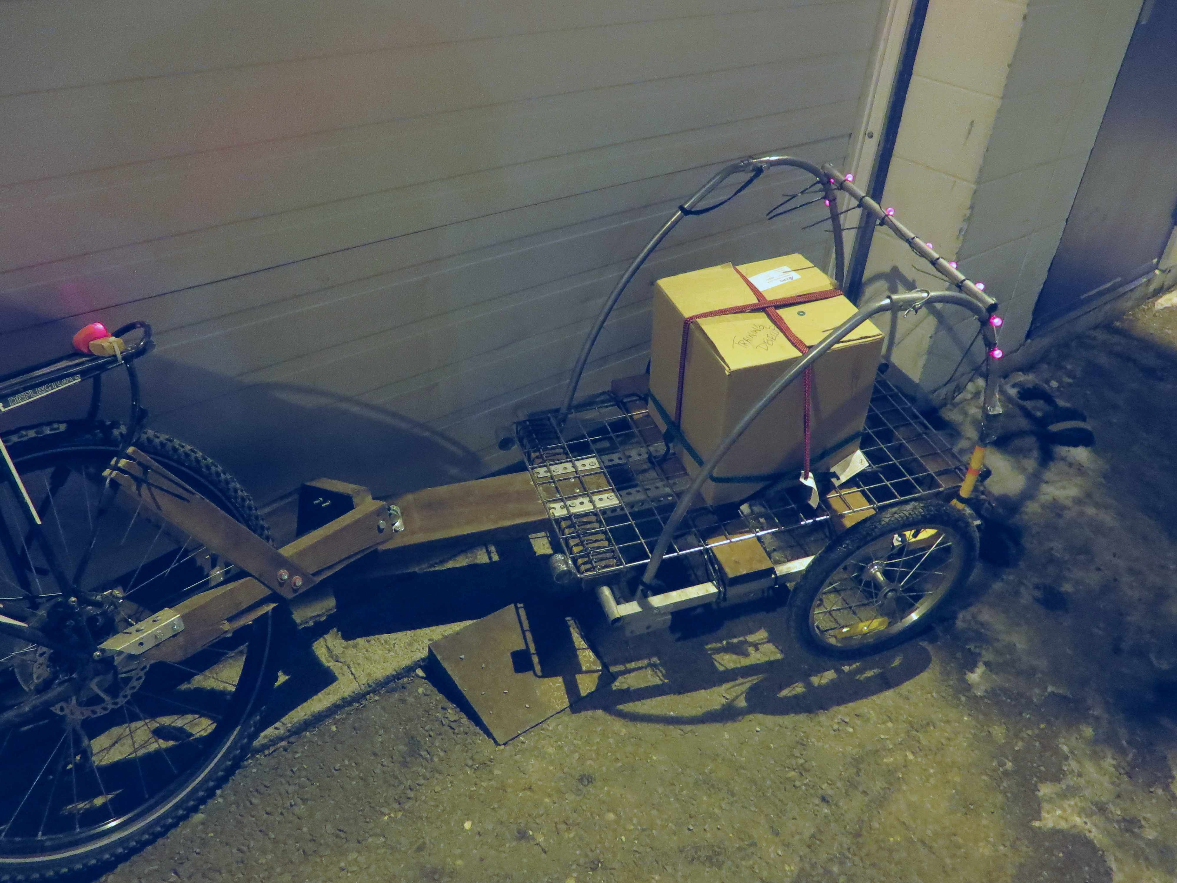 Picture of Bike Trailer Conversion: Kid to Cargo (with 3-Axis Caster Hitch)