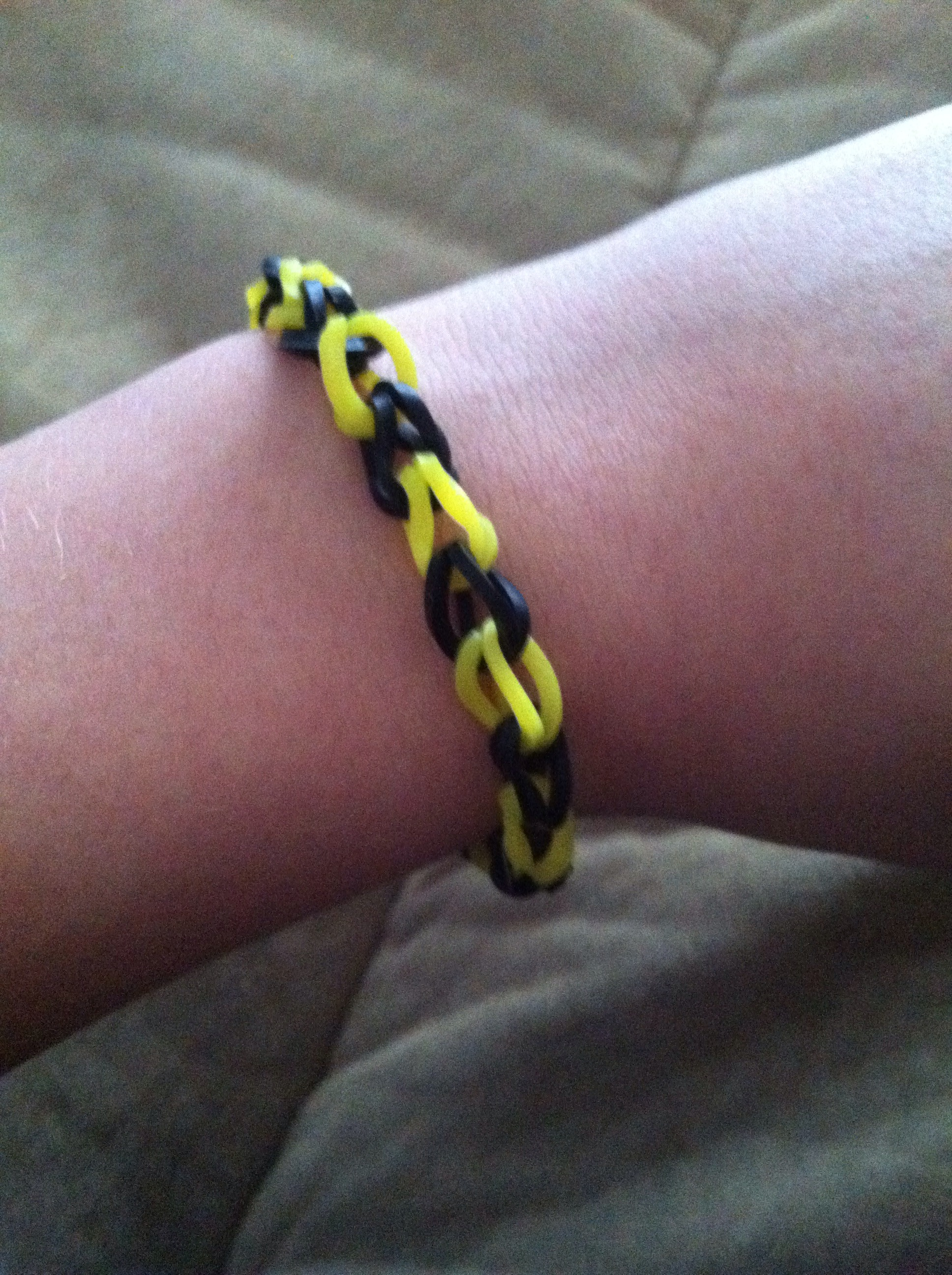Picture of Chain Rubber Band Bracelet on Fun Loom!