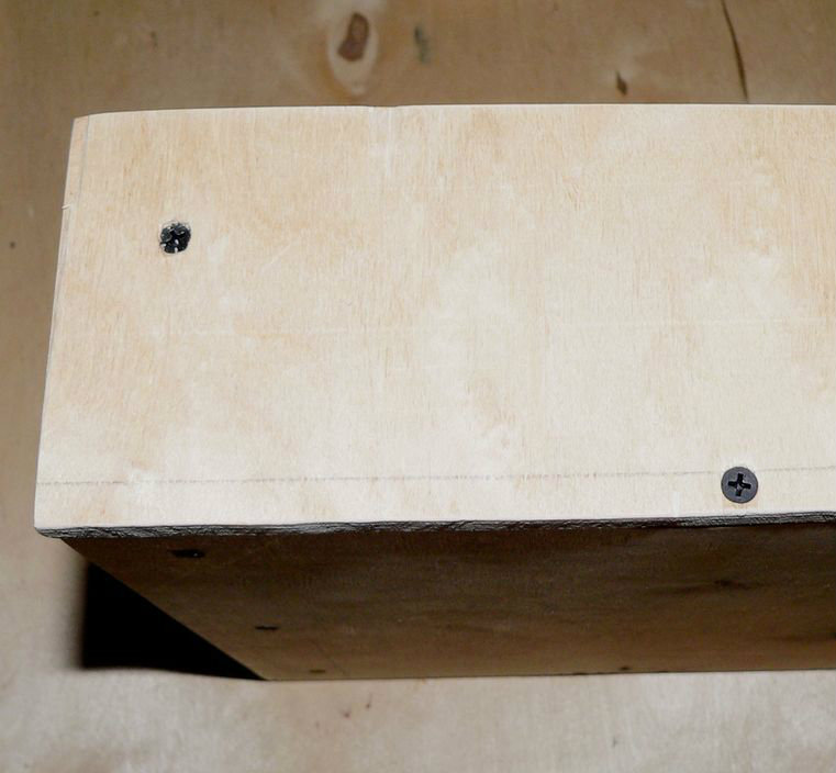 Picture of ASSEMBLING THE DRAWER