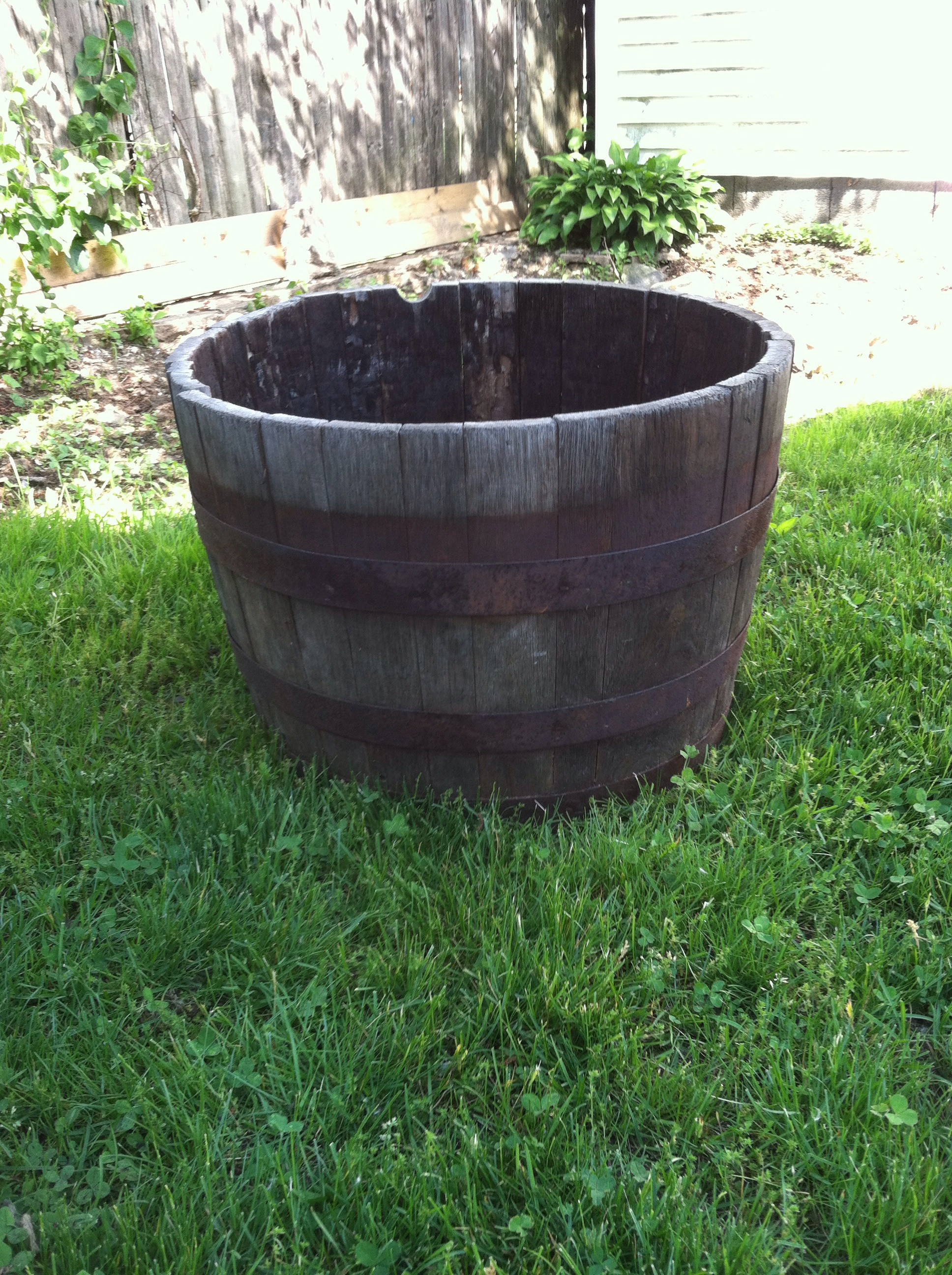Picture of Revamping an Old Barrel Planter