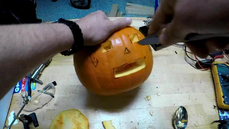 Picture of Carve Pumpkin
