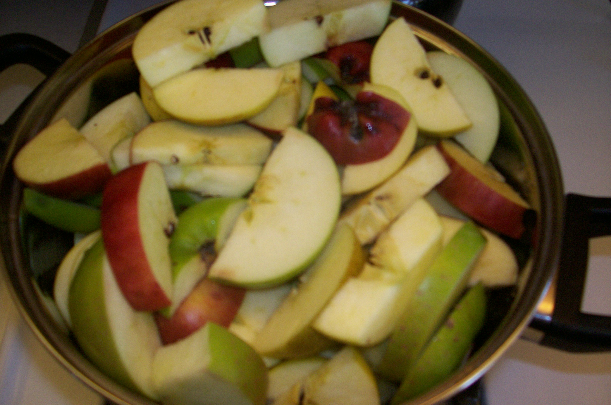 Picture of Cut Up and Cook the Apples