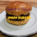 Sweet-n-Spicy Onion Burger