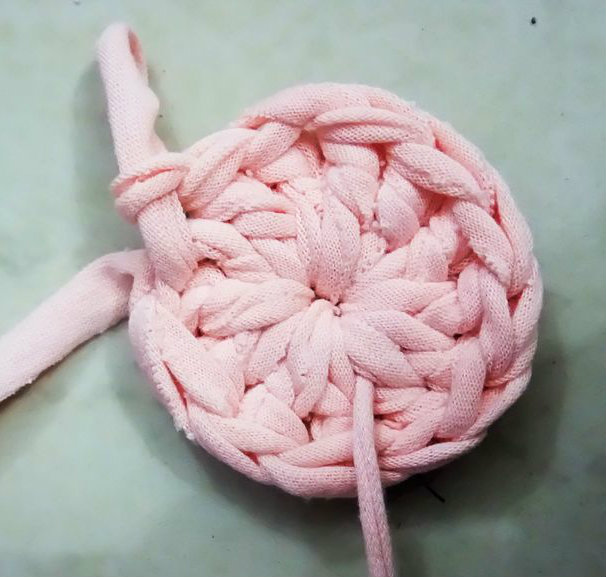 Picture of Crocheting....!!!