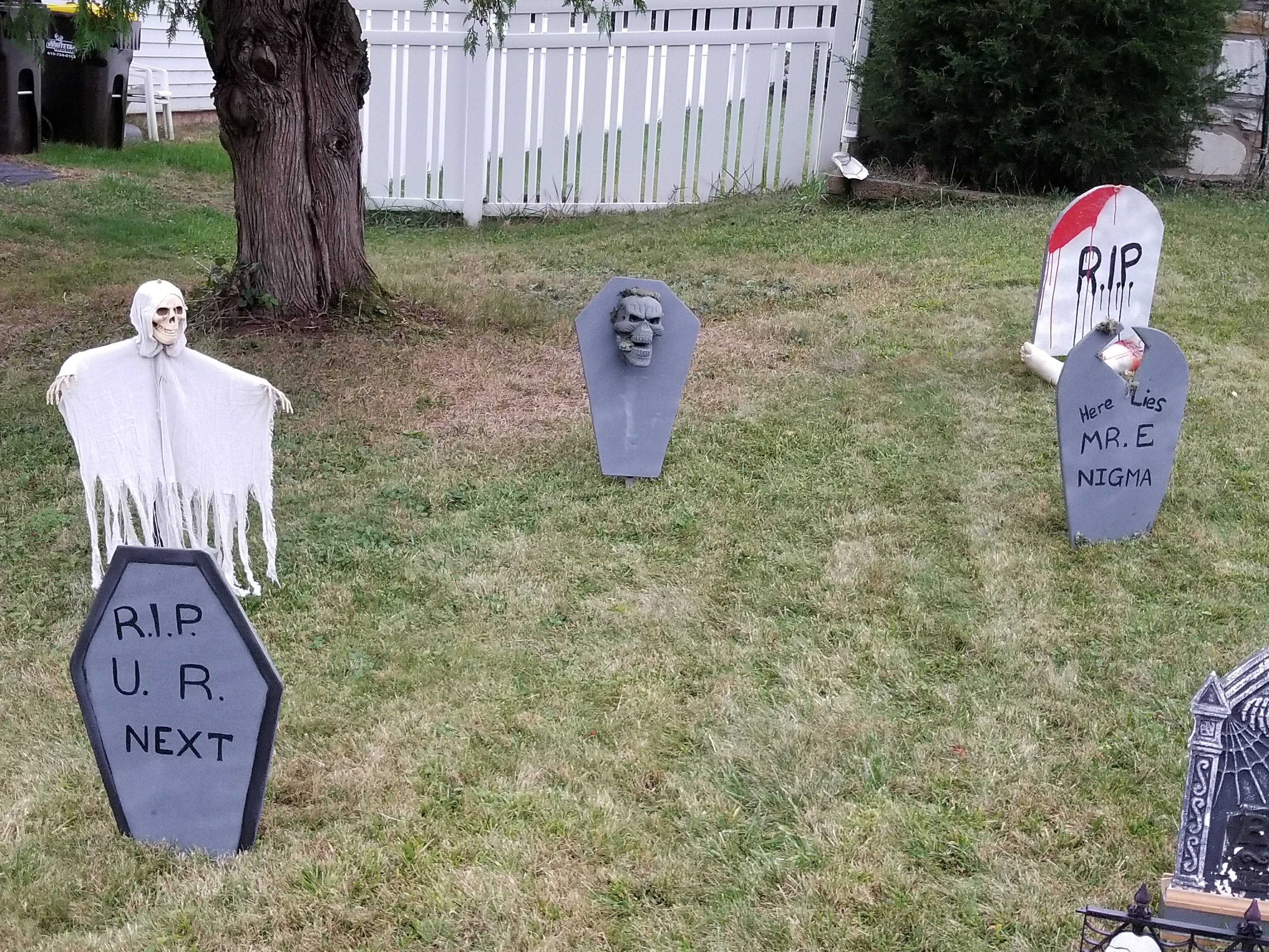 Picture of Lawn Tombstone