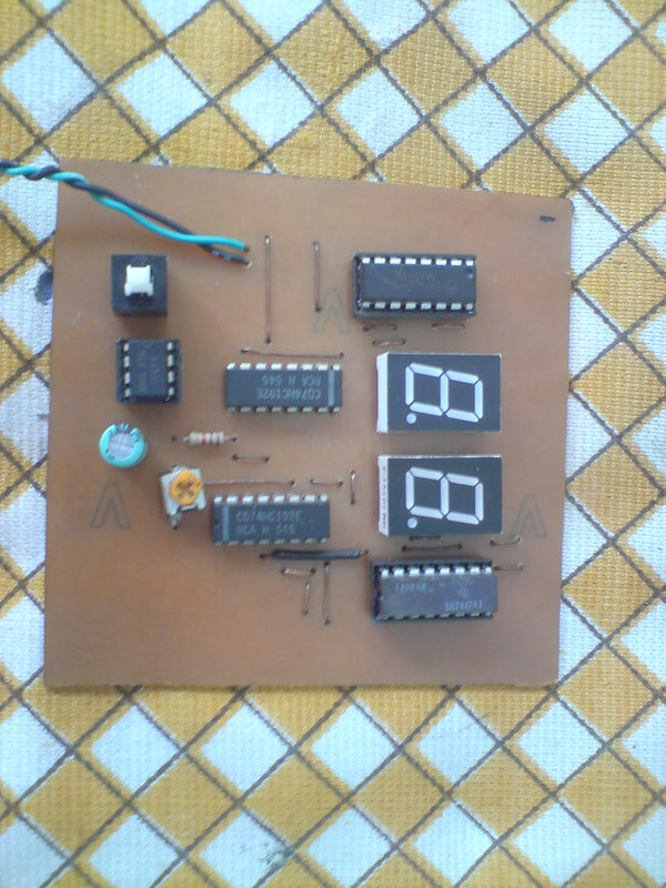 HOW TO MAKE YOUR OWN PCB (PRINTED CIRCUIT BOARD)