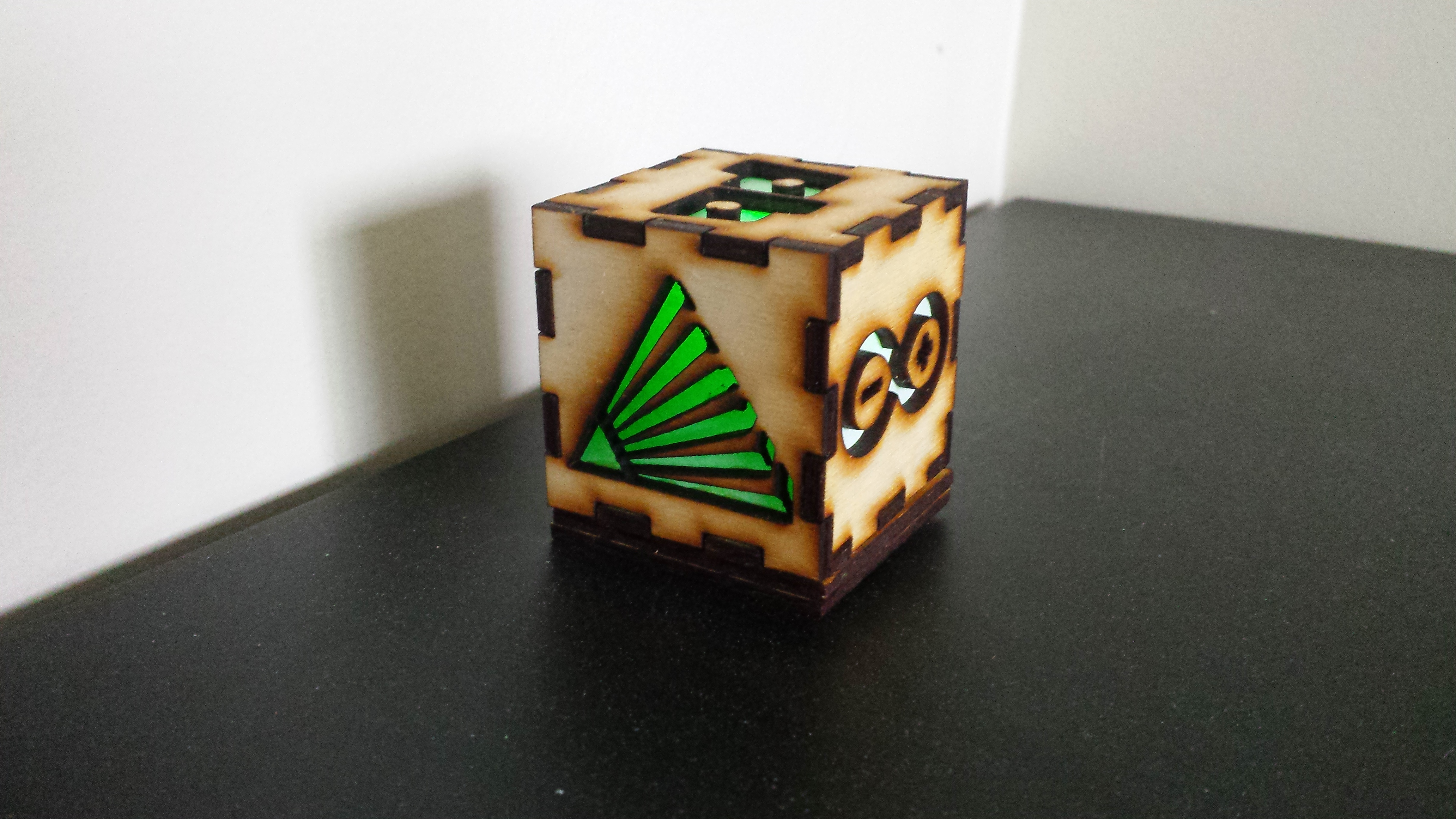 Picture of Customized Cubic Lamp