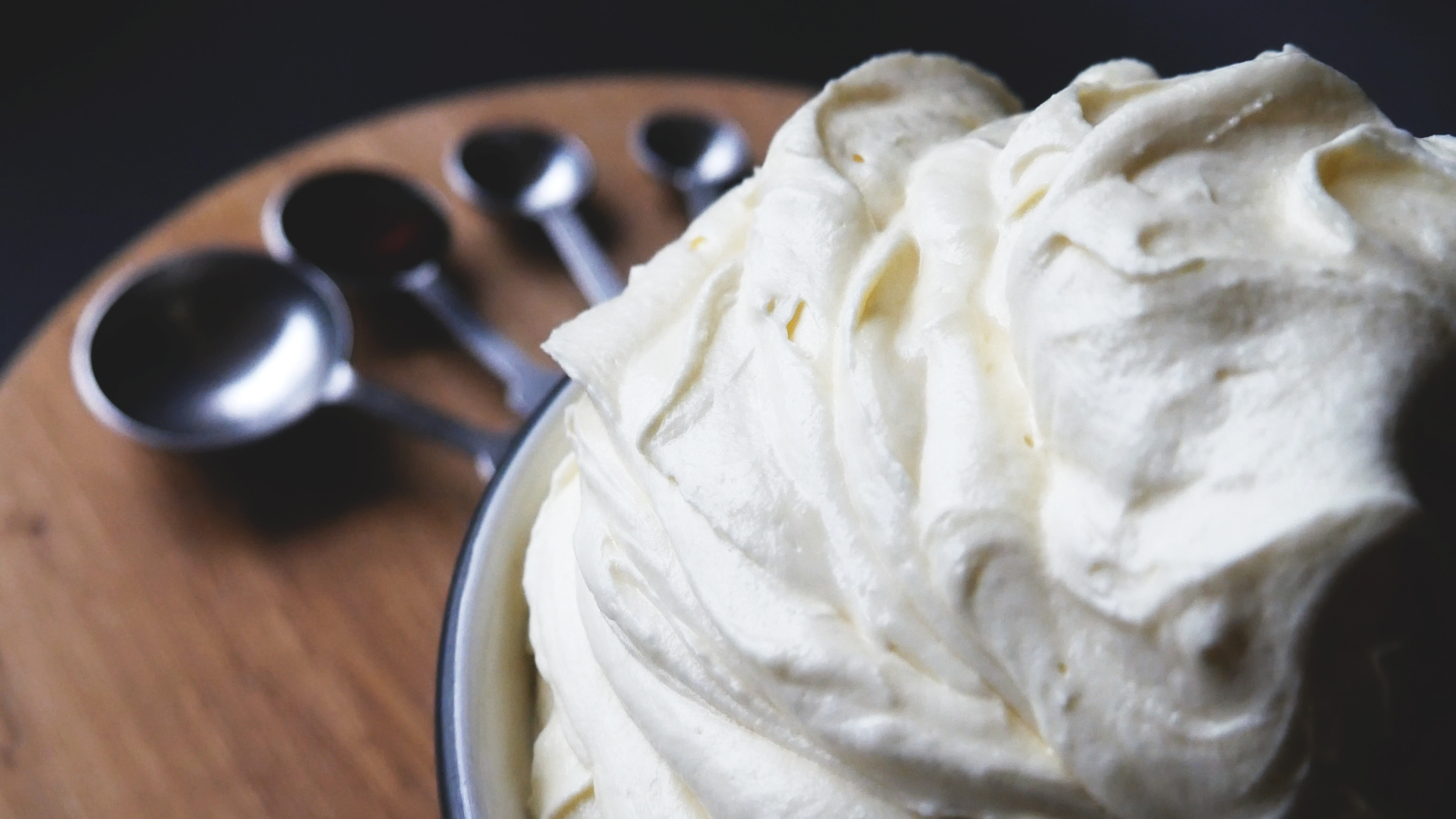 Picture of PERFECT (VANILLA) BUTTERCREAM FROSTING