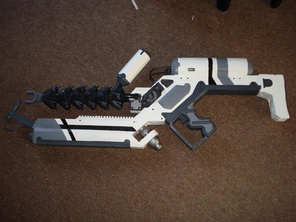 How to Make a District 9 Weapon