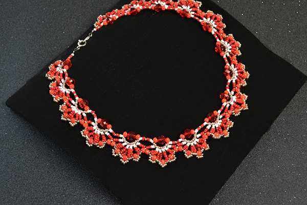 Picture of How to Make a Delicate Red Flower Choker Necklace With Seed Beads and Glass Beads
