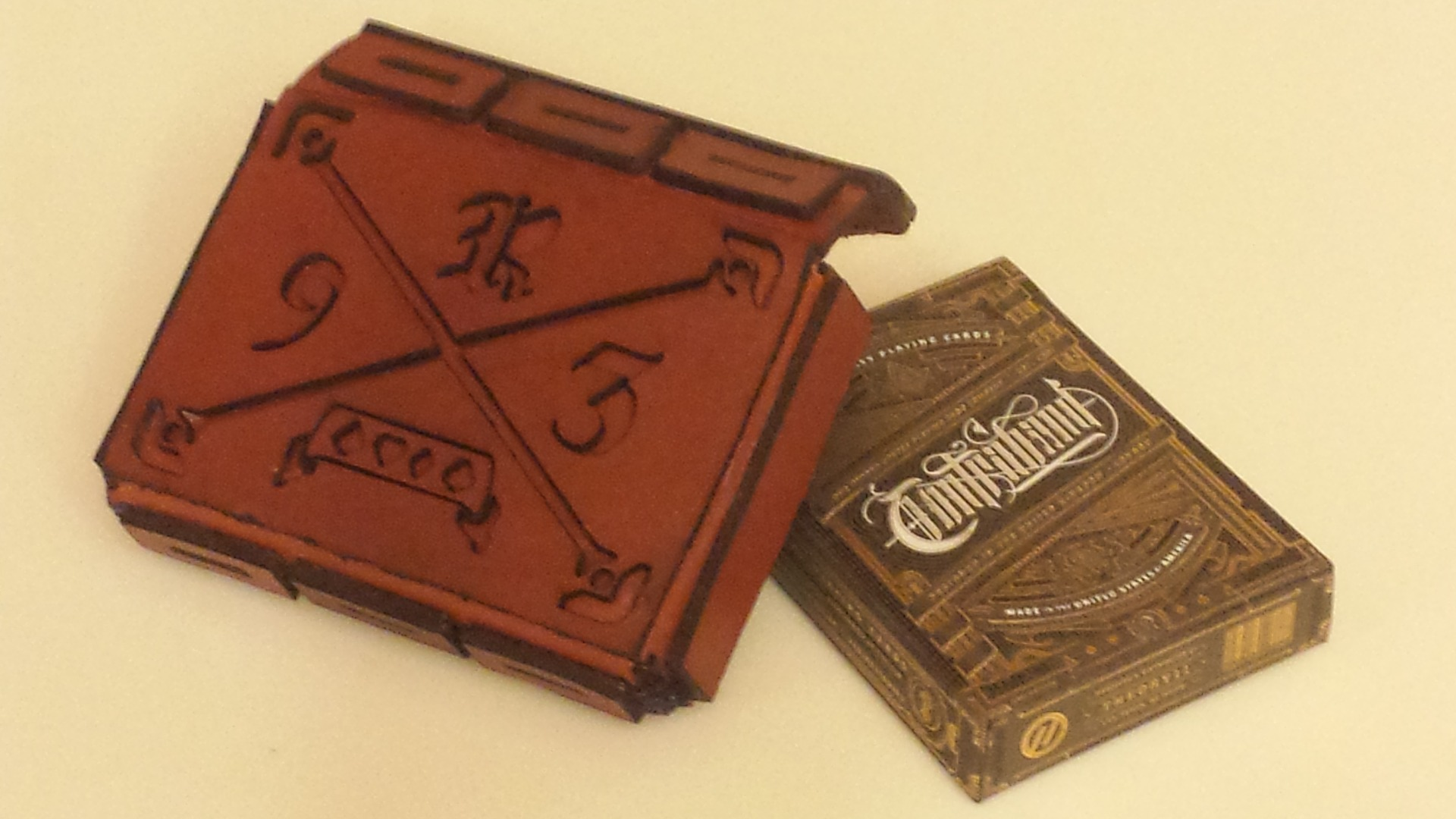 Picture of Leather Playing Card Pouch