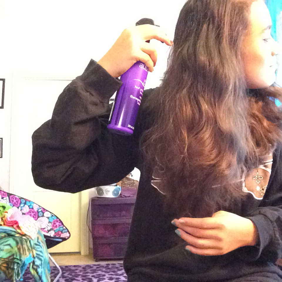 Picture of Spray Your Hair