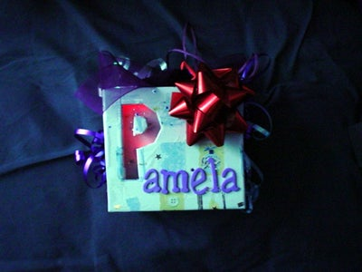 Shadow Box Gift Label
