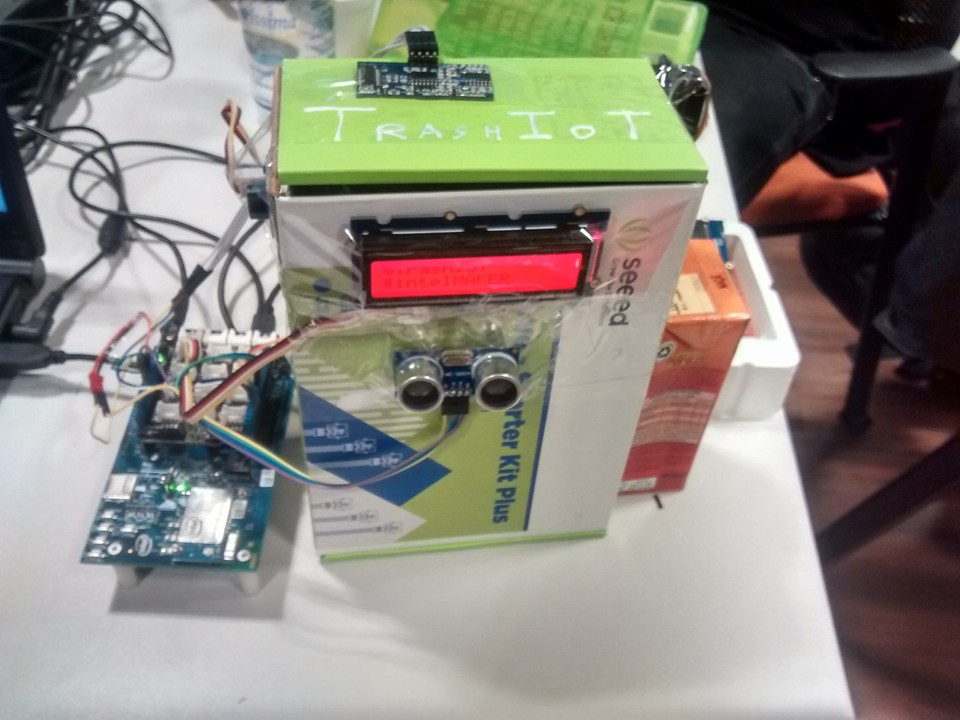 Picture of TrashIoT - Lixeira Inteligente Com Intel Edison