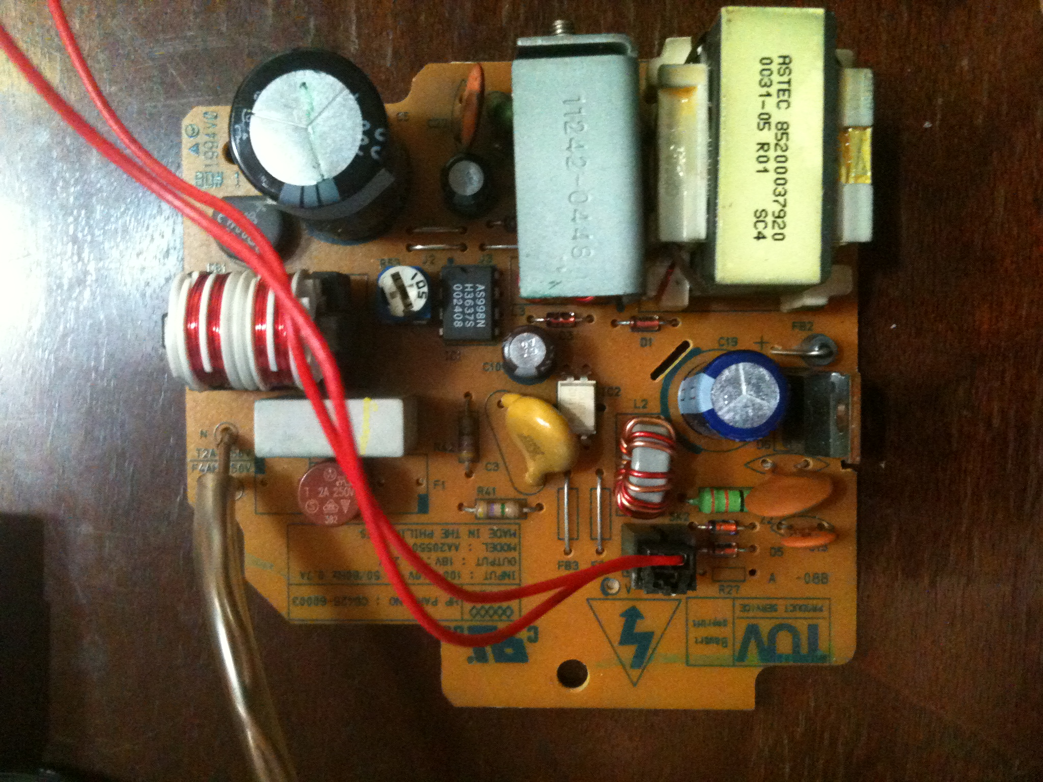 Picture of 18Volt 25watt AC to DC power supply.