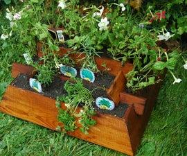 Pyramid wood planter