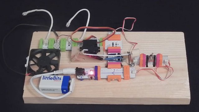Picture of Most Useless Machine - LittleBits Edition