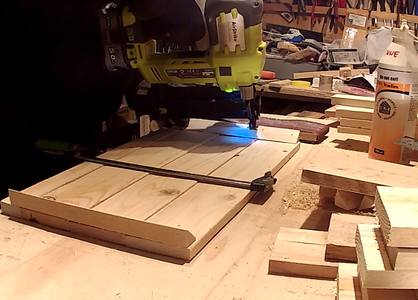 Assembly of the Crates