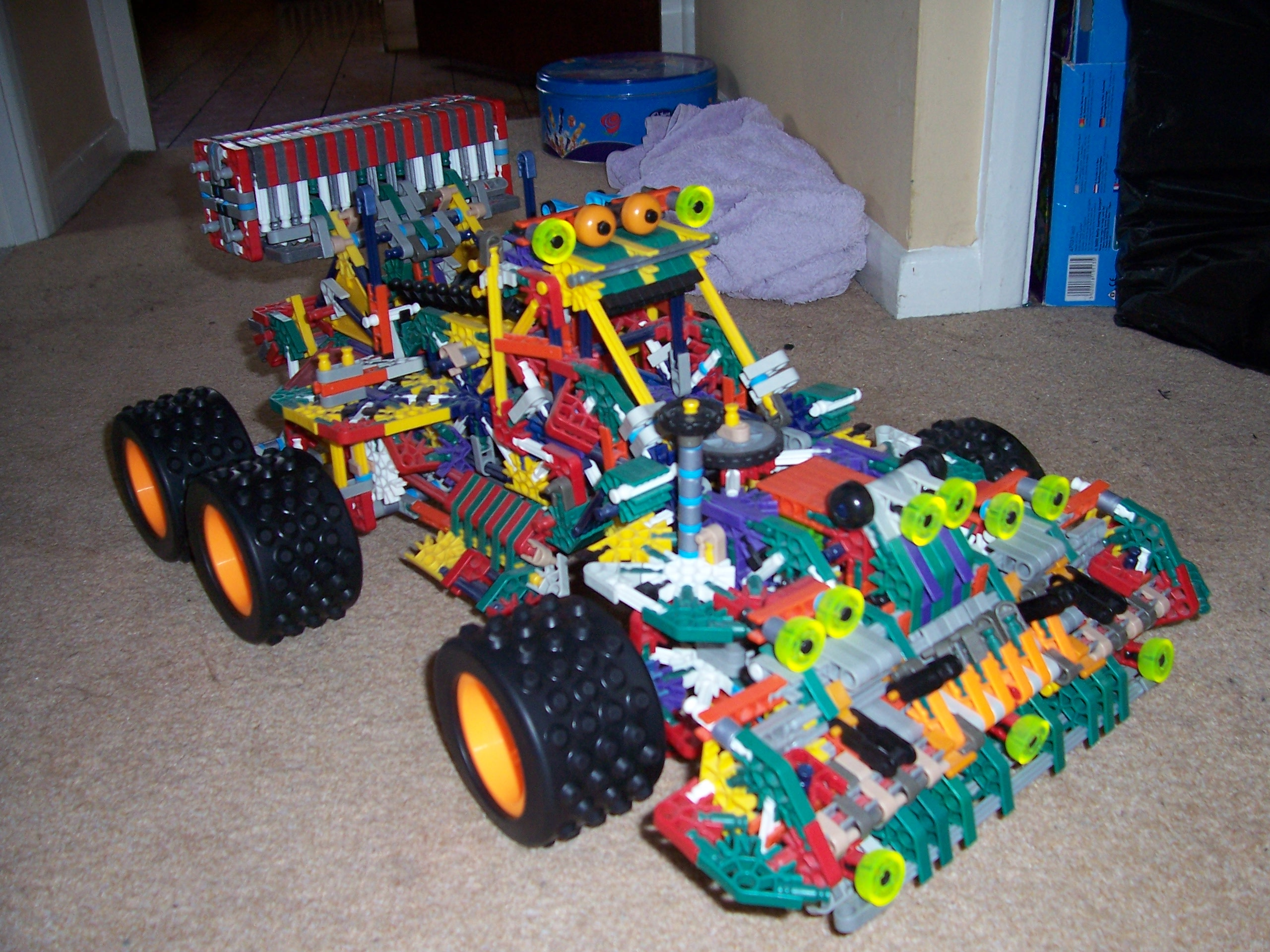 Picture of Huge Knex Monster Truck