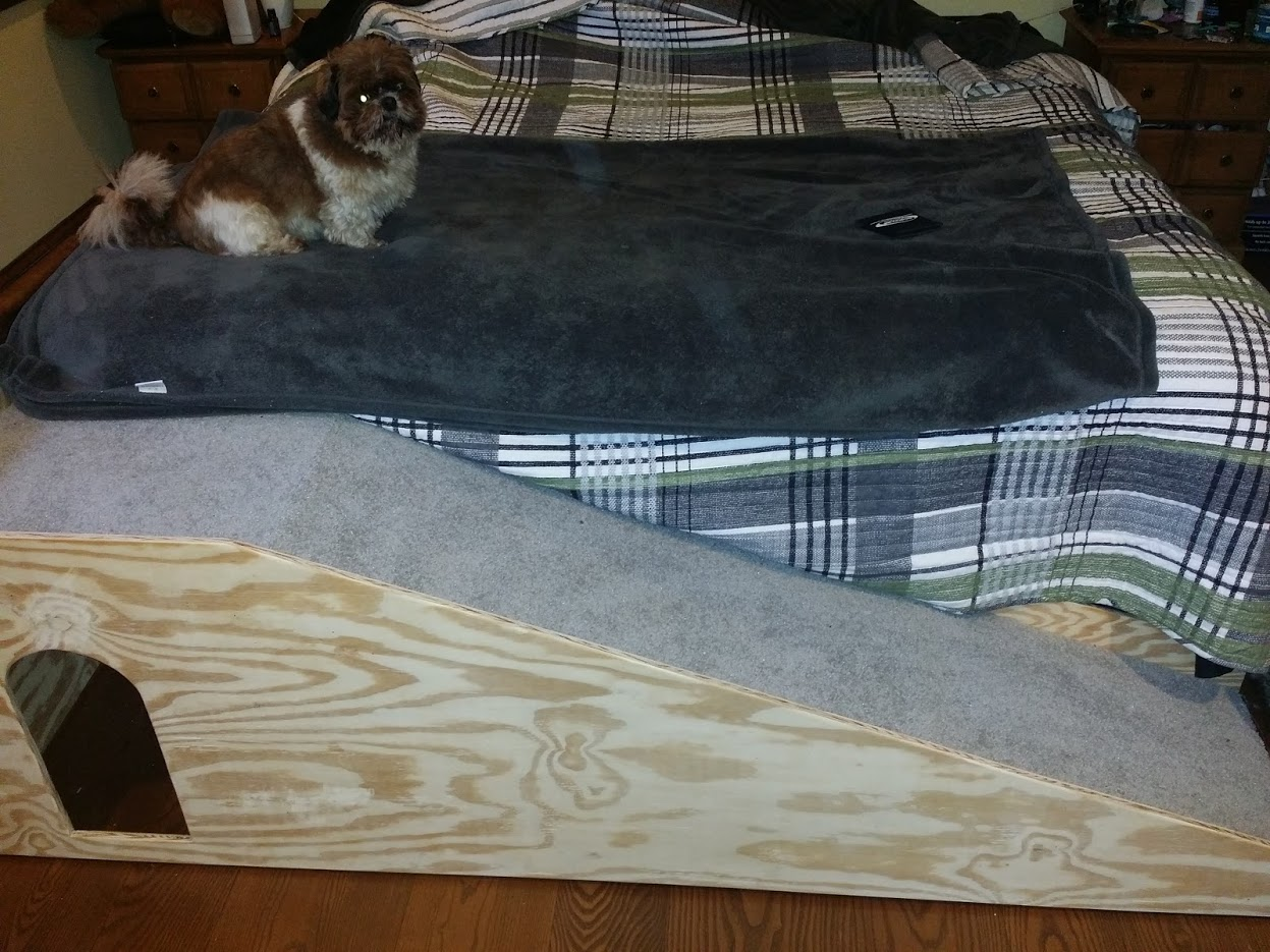 Picture of Basic Bed Ramp for a Small\older Dog