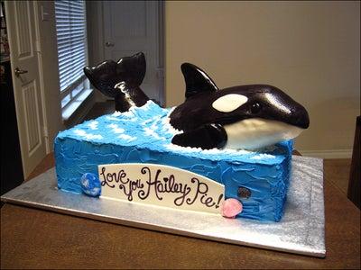Killer Whale (Orca) Cake