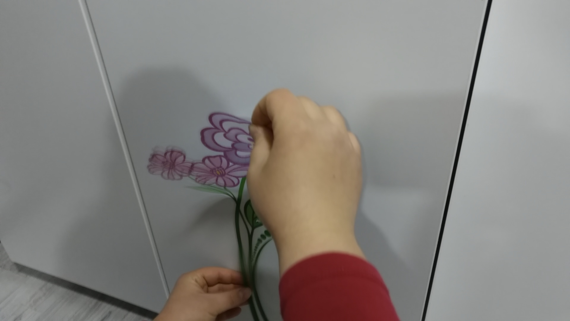 Picture of Apply Decorations