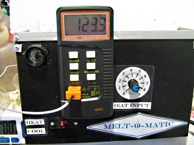 "Picture of ""MELT-O-MATIC"" DIGITAL MELTING POINT APPARATUS"