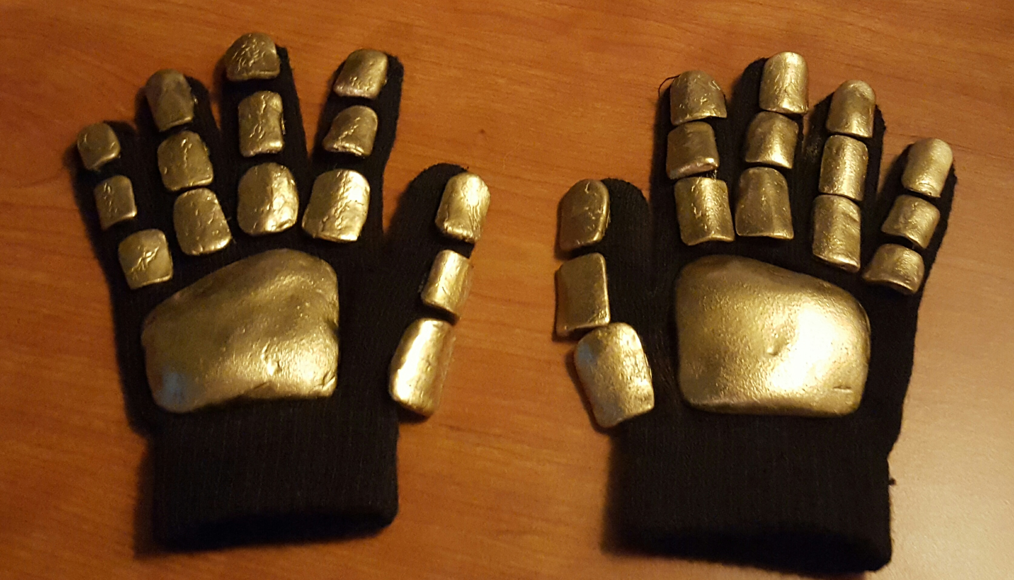 Picture of Quick & Cheap Daft Punk Gloves