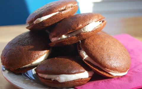 How to Make Whoopie (Pies)