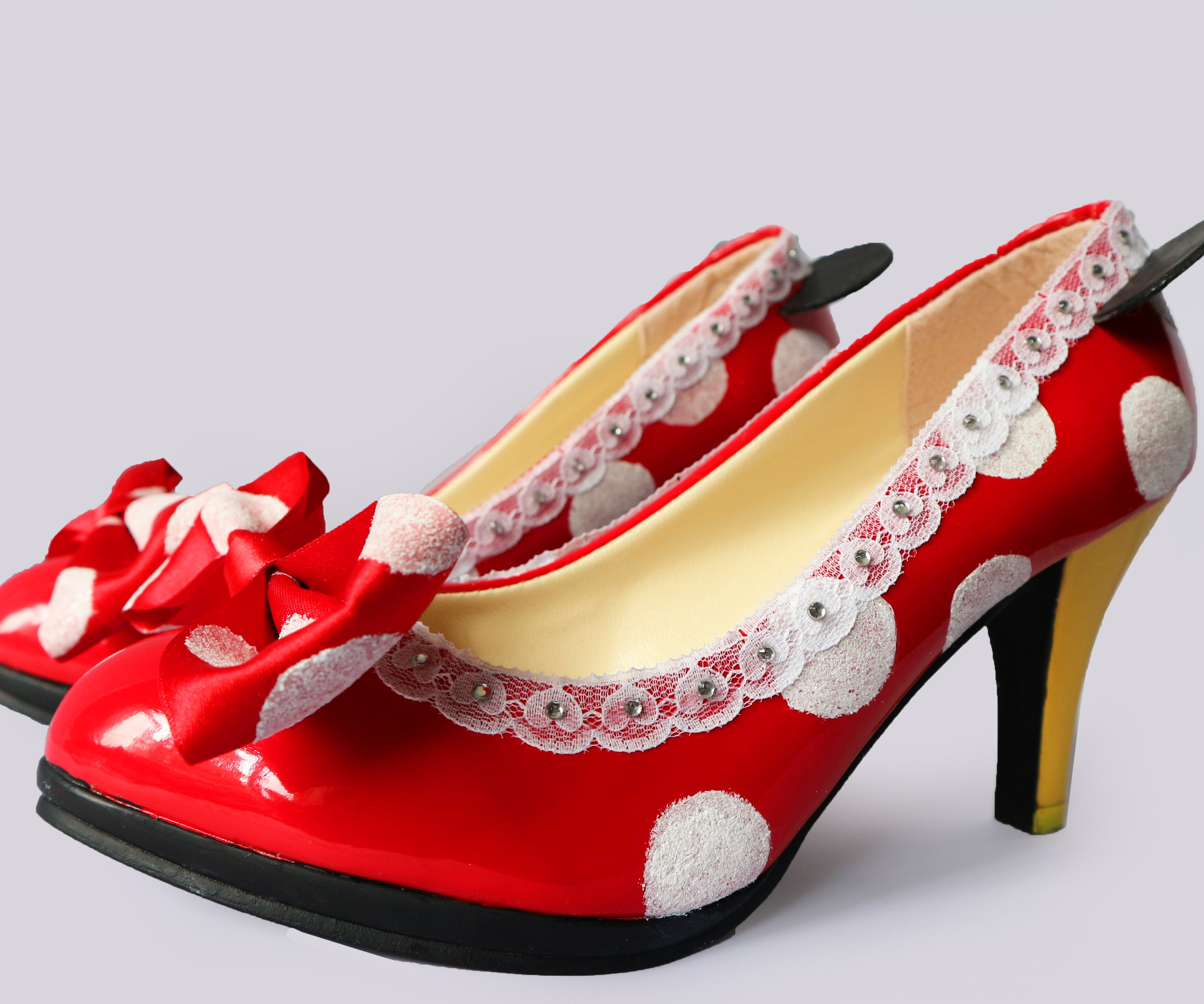 Minnie Mouse High Heel Shoes 6 Steps With Pictures Instructables