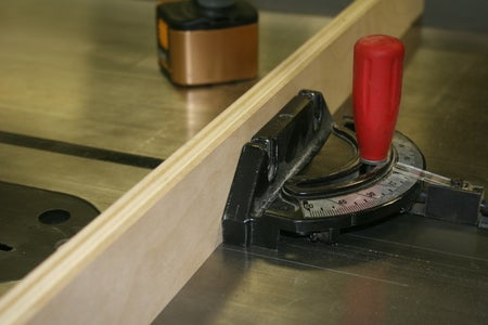 Cutting Miter on Table Saw