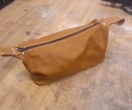 leather wash / toiletries bag