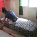 How to make a bed using recycled paint cans