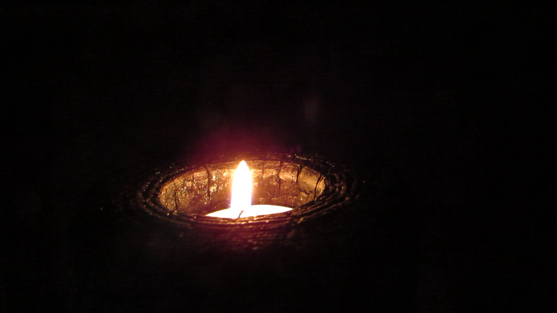 Picture of Fire-Wood Tealight Holder