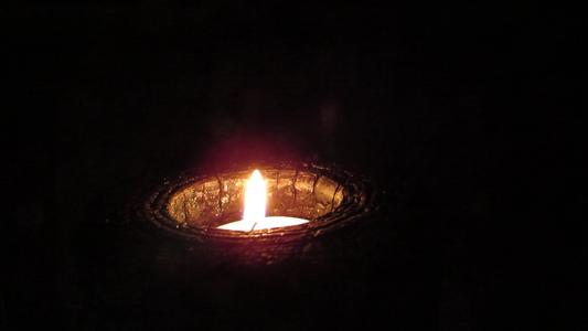 Fire-Wood Tealight Holder