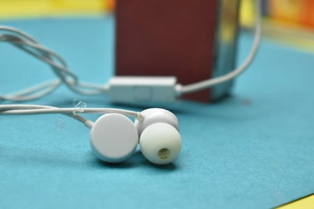 Journey From a Normal Wired Earphone to a Wireless Bluetooth Earphone