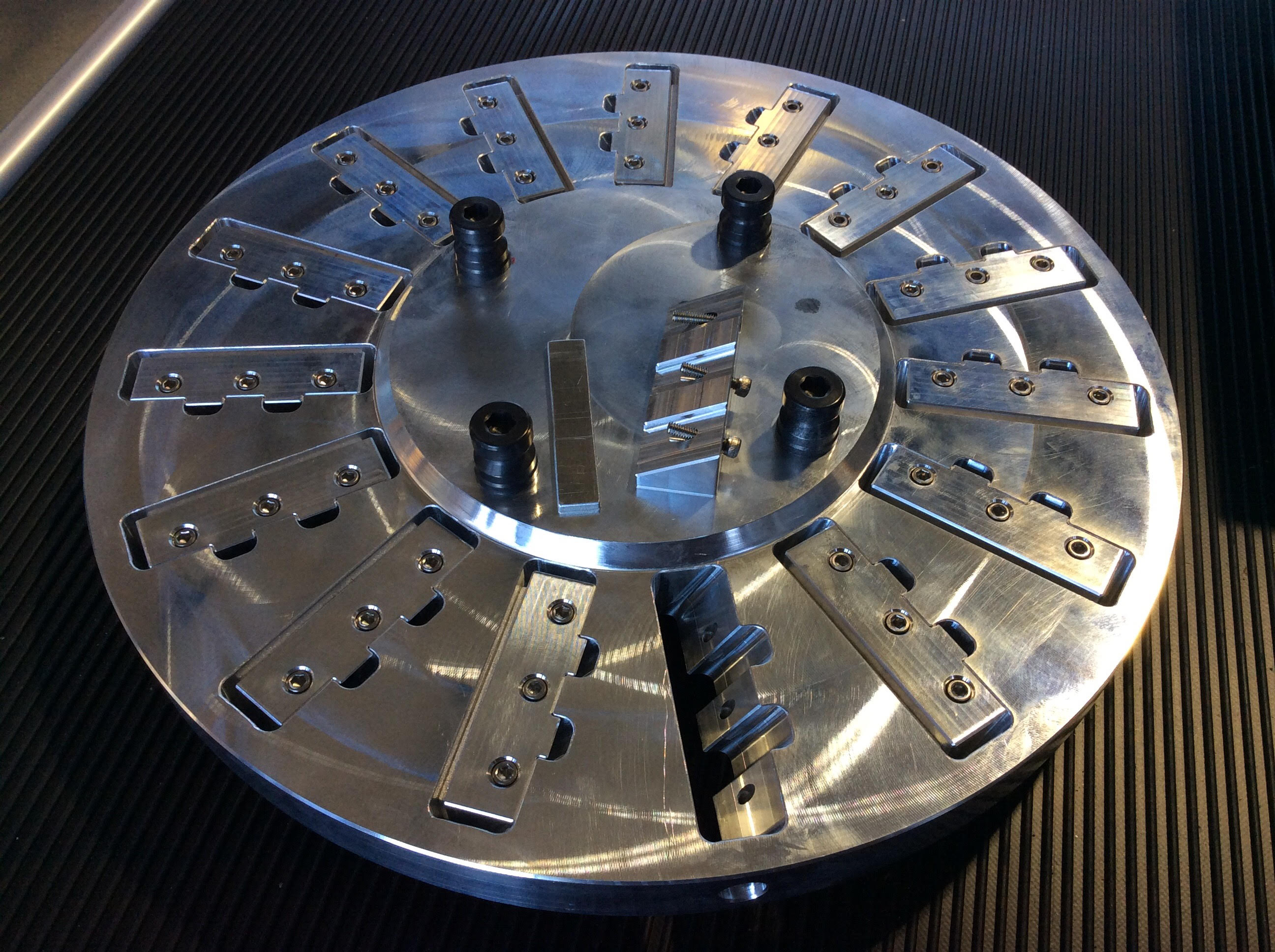 Picture of Precision 2-sided Workholding Fixture Using Lang 96mm Quick-Point Clamping Studs