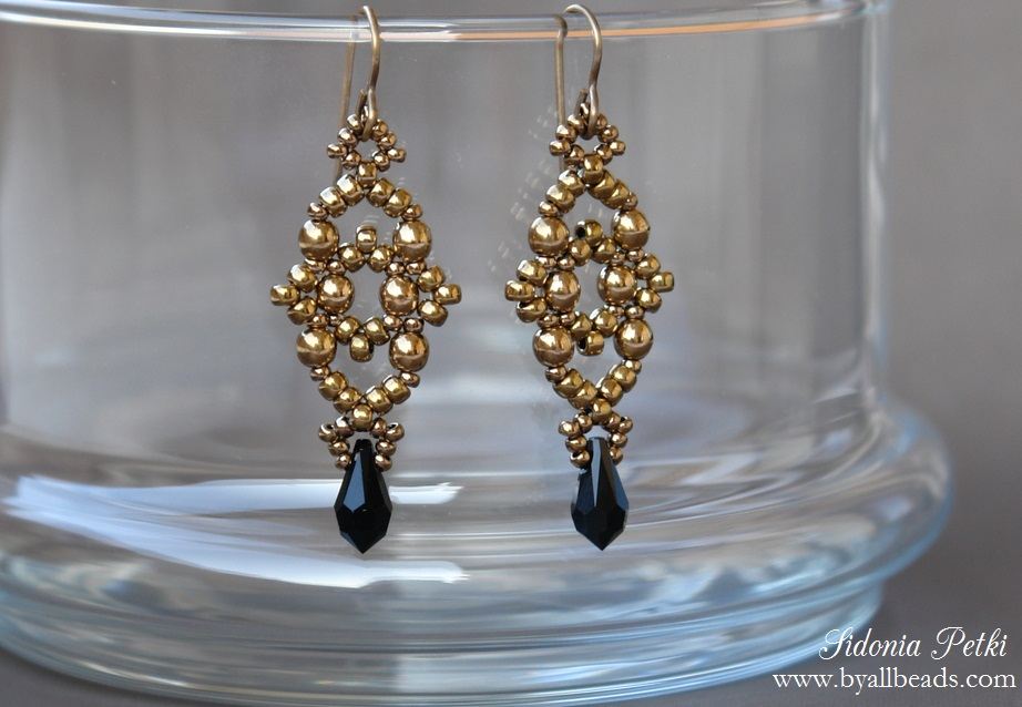 Picture of Beade Earrings - Lsange Earrings - Beading and Jewelry Making Tutorial