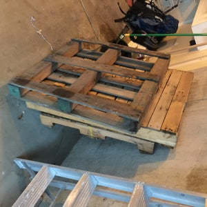 Gather and Dismantle Pallets