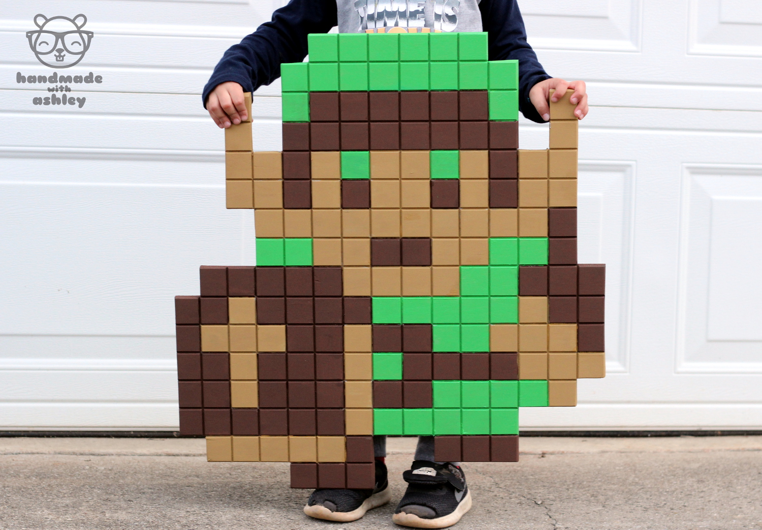 Picture of Make a Wooden 8-bit Pixel Link | the Legend of Zelda Pixel Art