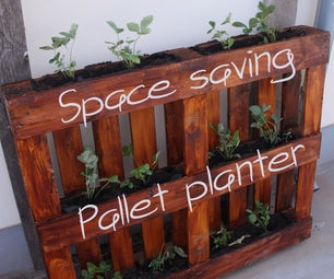 Space Saving Pallet Planter