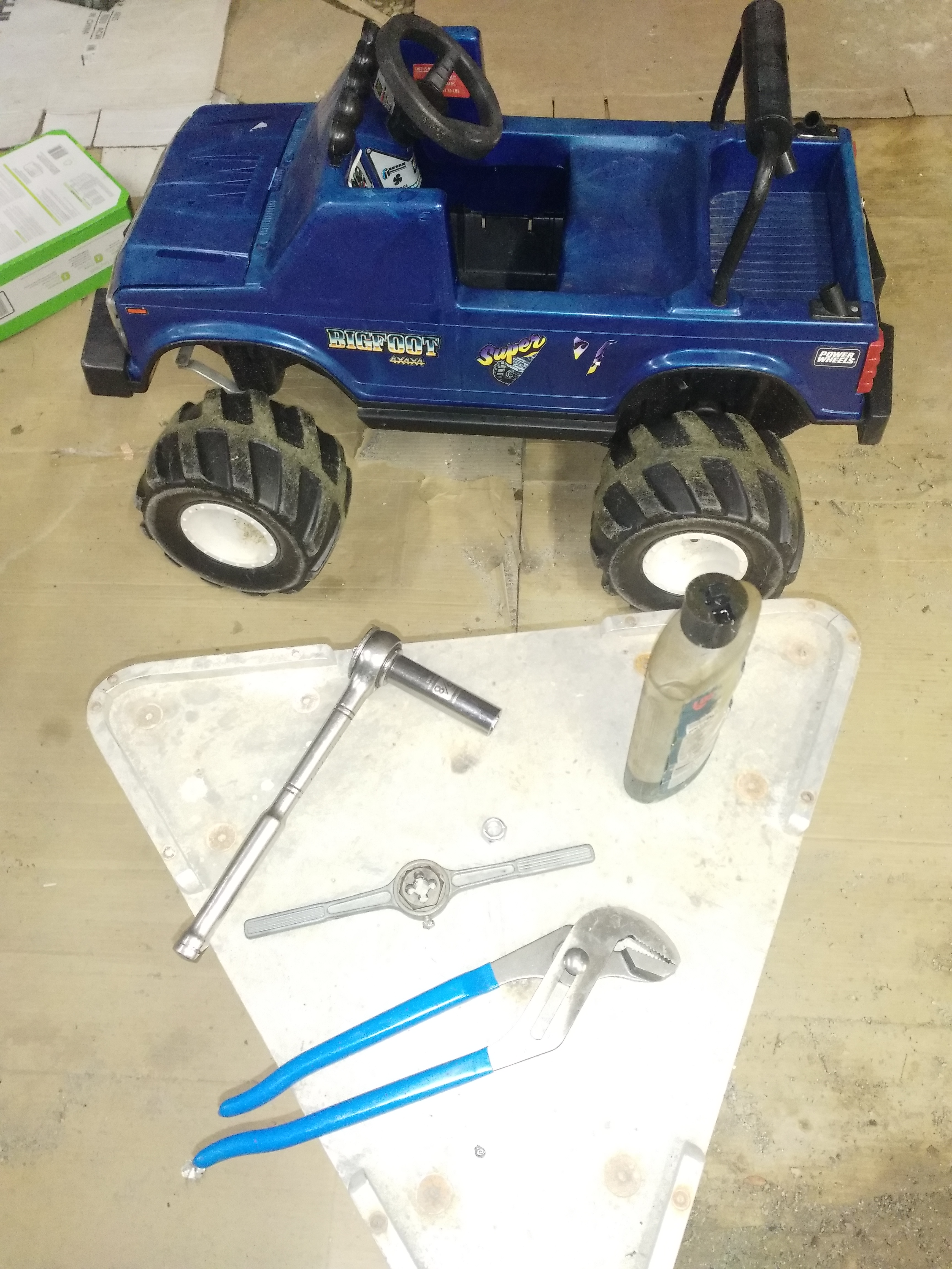Picture of How to Thread the Axles on a Power Wheels Ride-on
