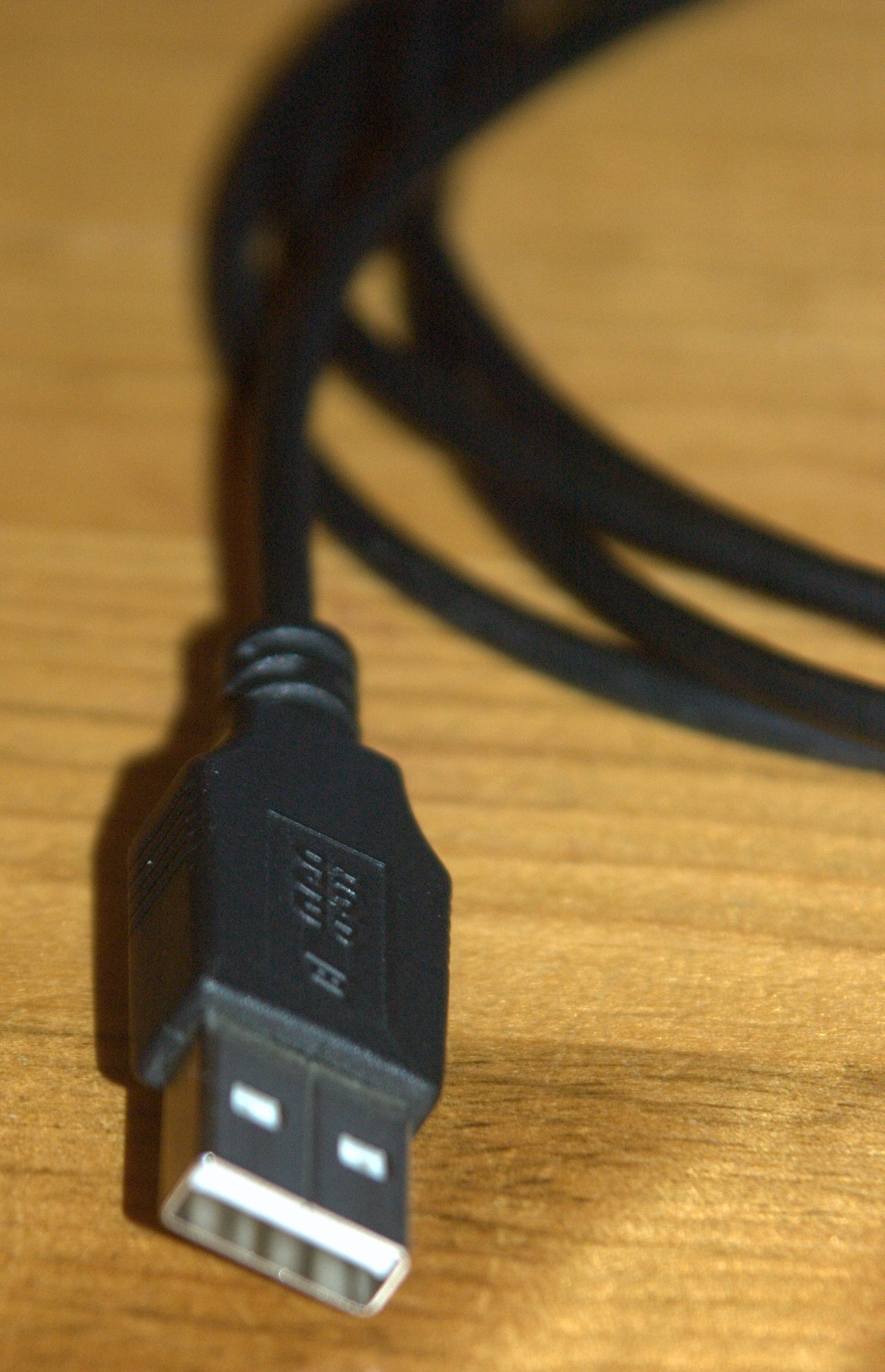 How To Repair A Moulded Usb Plug 4 Steps Color Codes And Wire On Pinterest
