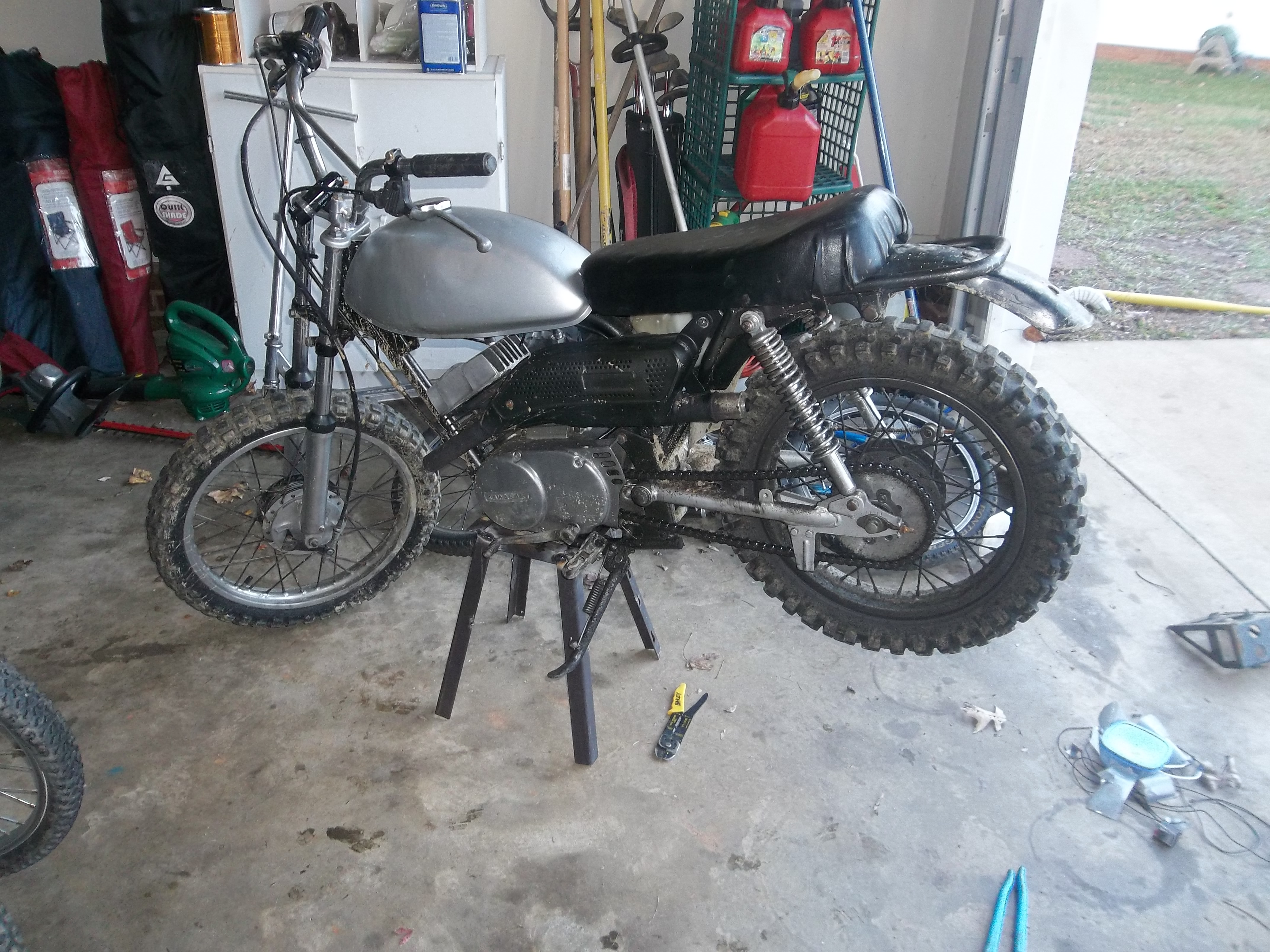 Picture of Homemade Dirt Bike Stand