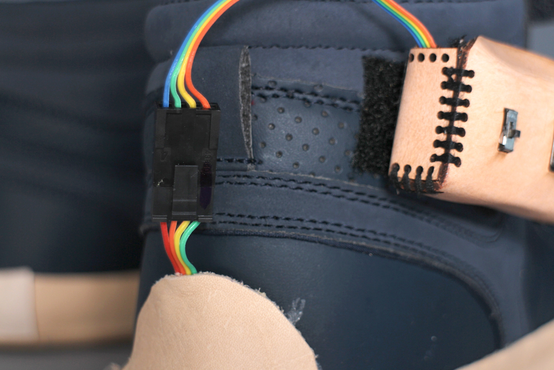 Picture of Add Case With Circuit to Shoe