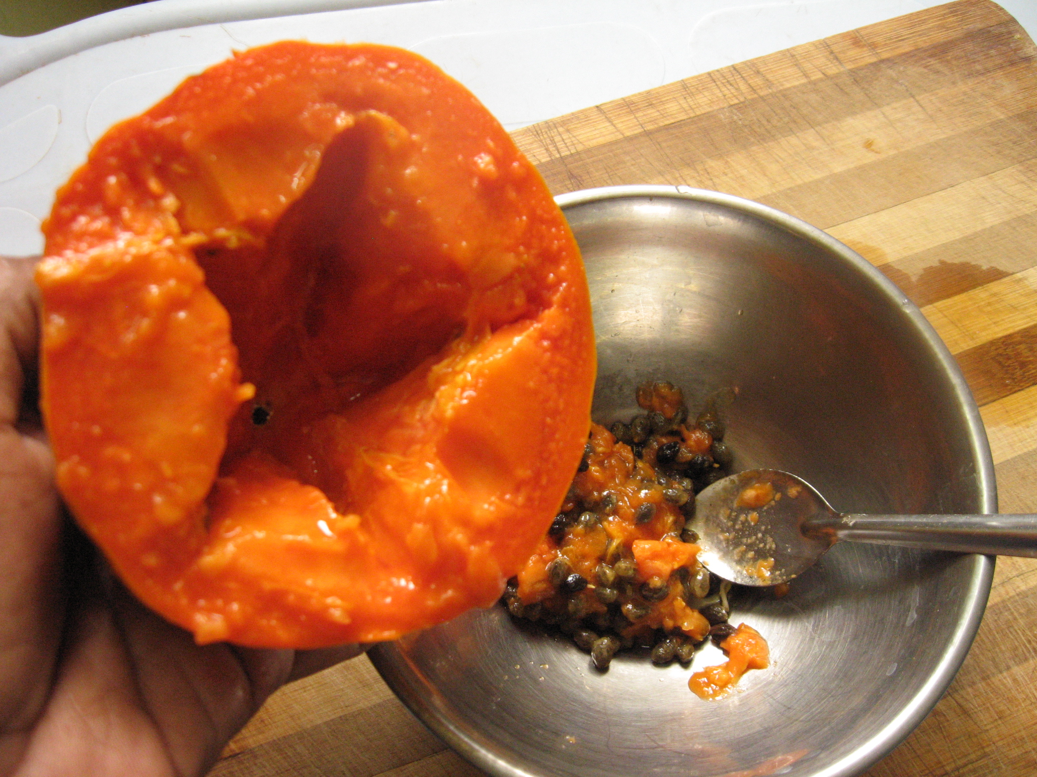 Picture of Collect Papaya Pulp