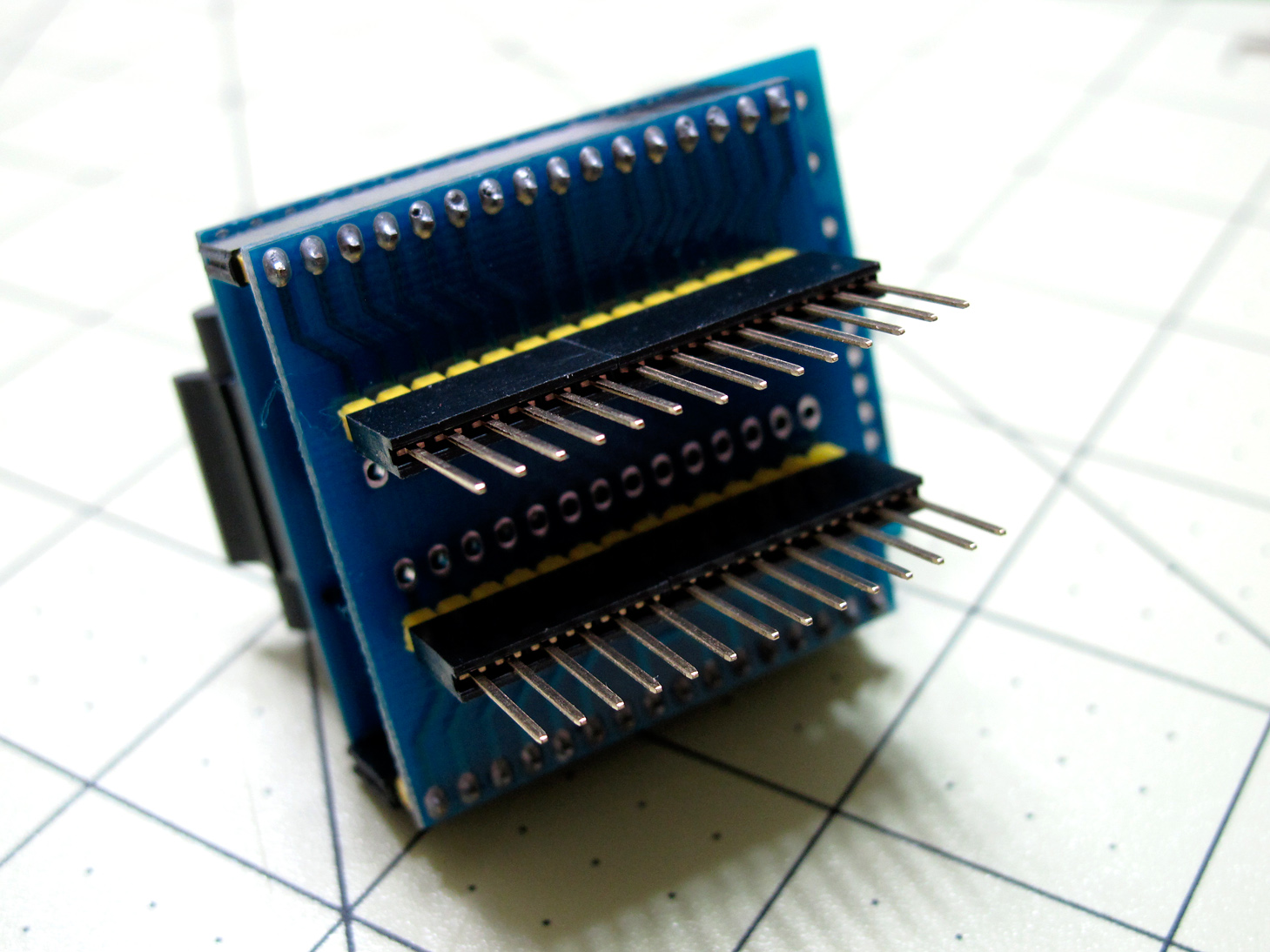 Picture of Placing the Chip in TQFP Adapter