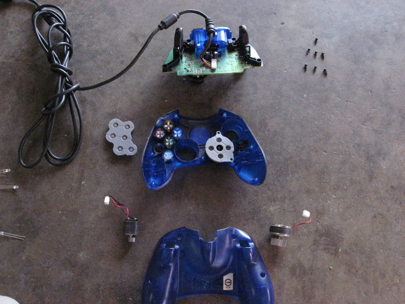 Picture of Disassembling the Controller