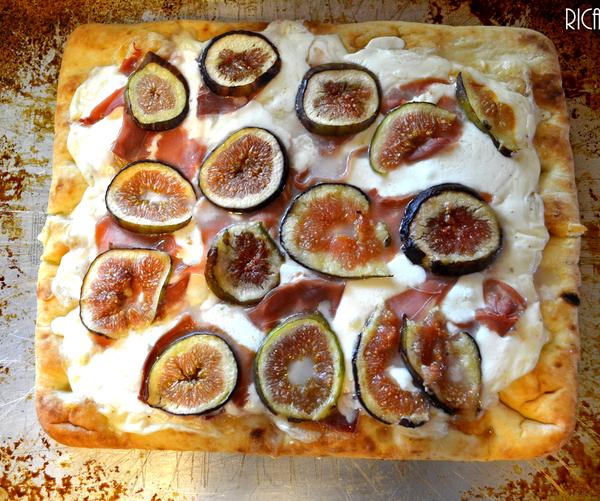 Fig, Prosciuttto, Mozzarella Pizza